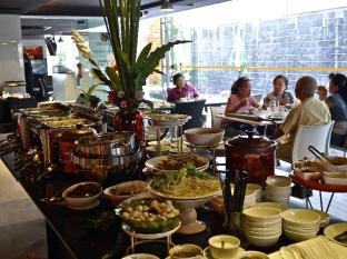 The Heritage Silom Hotel Bangkok - International Buffet Lunch