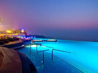 Royal Cliff Beach Hotel by Royal Cliff Hotels Group Pattaya - Pool