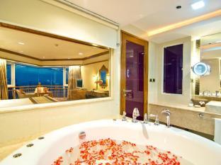 Royal Cliff Beach Hotel by Royal Cliff Hotels Group Pattaya - Badrum