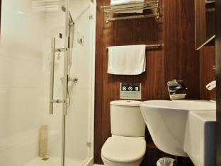 Bridal Tea House Tai Kok Tsui Anchor Hotel Hong Kong - Bathroom
