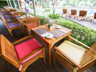 Metadee Resort and Villas Phuket - Ravintola