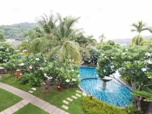 Metadee Resort and Villas Phuket - Garden