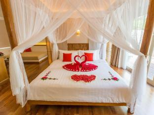 Metadee Resort and Villas Phuket - Chambre