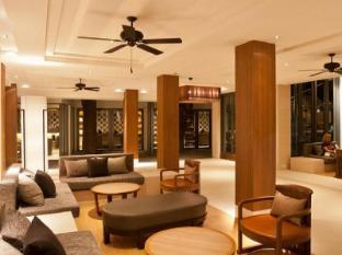 Woodlands Hotel and  Resort Pattaya - Lobby