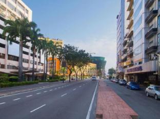 Kinabalu Daya Hotel Kota Kinabalu - Wisma Merdeka Complex and Suria Shopping Mall