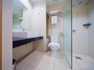 Kinabalu Daya Hotel Kota Kinabalu - Bathroom