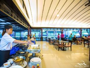 Phuvaree Resort Phuket - Restaurant