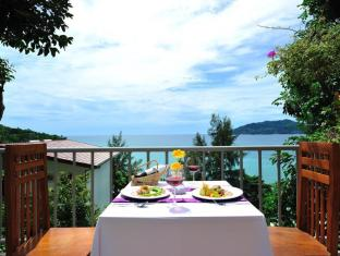 Tri Trang Beach Resort by Diva Management Phuket - Private Dinner