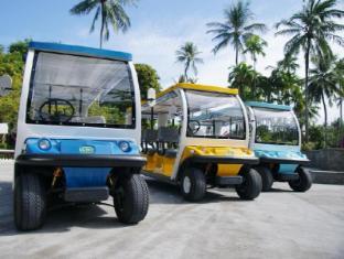 Duangjitt Resort and Spa Phuket - Club Car
