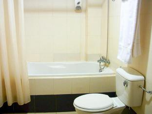 D Oriental Inn Hotel Kuala Lumpur - Bathroom