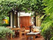 Garden villa med kingsize seng