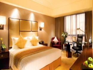 Radisson Blu Hotel Shanghai Hong Quan Shanghai - King Bed Room