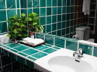 Villa Cha Cha Khaosan Road Bangkok - Bathroom