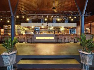 Anantara Seminyak Bali Resort   Bali - MoonLite Kitchen and Bar