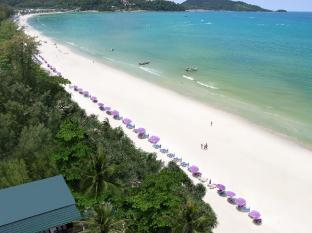 Patong Bay Garden Resort Phuket - Beach