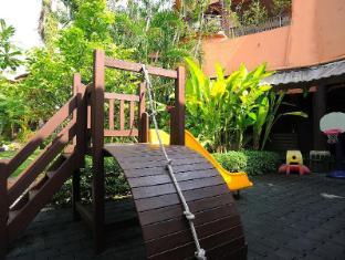 Patong Merlin Hotel Пукет - Детска площадка