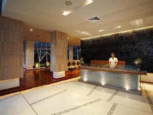 Peach Hill Resort Phuket - White Peach Lobby