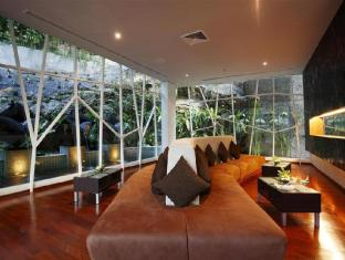 Peach Hill Resort Phuket - White Peach Lobby (Superior Room)