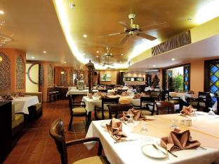 The Royal Paradise Hotel & Spa Phuket - Casablanca - Indian and Halal Food