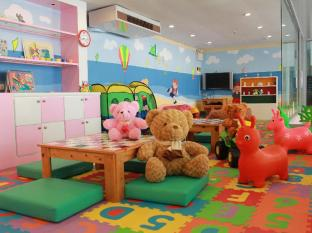 The Royal Paradise Hotel & Spa Phuket - Kid's club