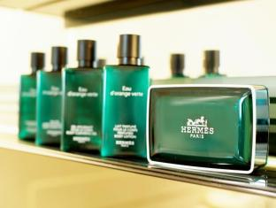 Grand Lisboa Hotel Macau - Bathroom Amenities- Hermes