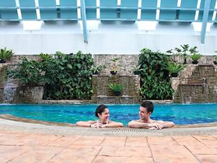 Regency House by Far East Hospitality Singapore - Swimming Pool