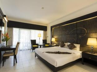 Amora Beach Resort Phuket - Superior
