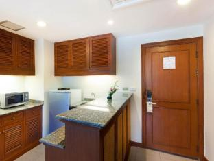 Allamanda Laguna Phuket Serviced Apartments Phuket - Kitchen