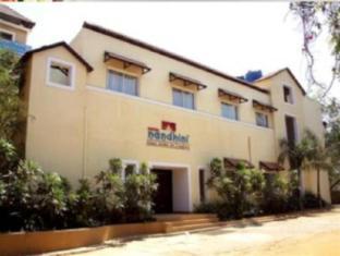 /hotel-nandhini-whitefield/hotel/bangalore-in.html?asq=jGXBHFvRg5Z51Emf%2fbXG4w%3d%3d