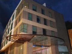 IRIS - The Business Hotel