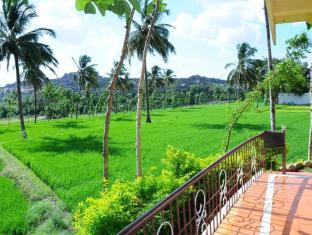 /vista-rooms-at-mowgli-guest-house/hotel/hampi-in.html?asq=jGXBHFvRg5Z51Emf%2fbXG4w%3d%3d