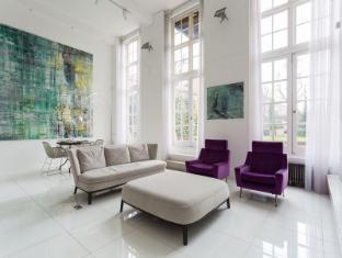 Battersea - High Street II Apartment - onefinestay