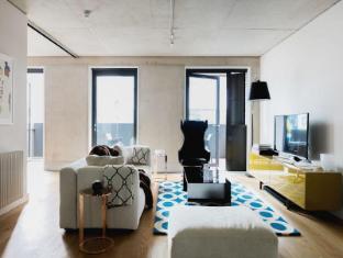 Farringdon - Compton Street Apartment  - onefinestay