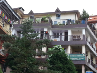 /broadway-annexe/hotel/darjeeling-in.html?asq=jGXBHFvRg5Z51Emf%2fbXG4w%3d%3d