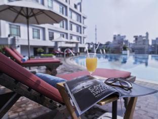 Pullman Hanoi Hotel Hanoi - Svømmebasseng