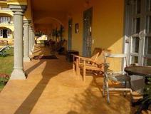 Sur La Mer Resort: balcony/terrace