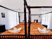 Sur La Mer Resort: guest room