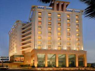 그랜드 홈텔 에 사로바 호텔