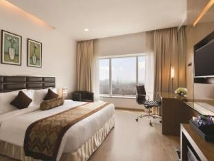 Ramada Powai Hotel & Convention Centre Mumbai - Superior Room
