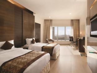 Ramada Powai Hotel & Convention Centre Mumbai - Twin Room