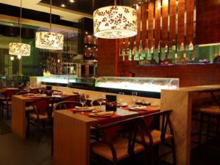 Hotel Equatorial Ho Chi Minh City Ho Chi Minh City - Orientica Seafood Restaurant & Bar