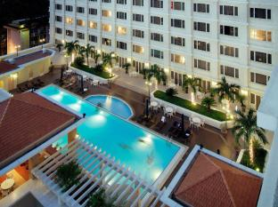 Hotel Equatorial Ho Chi Minh City Ho Chi Minh City - Swimming Pool