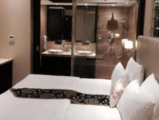 Hotel Emperor Palms New Delhi and NCR - Premium Room