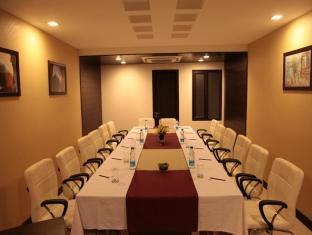 Hotel Florence New Delhi and NCR - Meeting Room