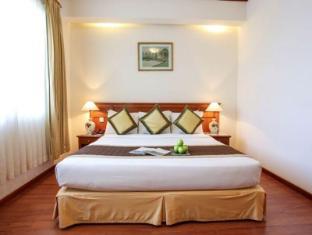 Oscar Saigon Hotel Ho Chi Minh City - Premium Deluxe