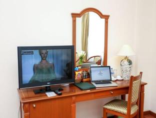 Oscar Saigon Hotel Ho Chi Minh City - Guest Room
