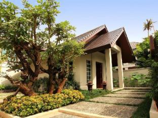 Baan Klang Wiang Hotel Chiang Mai - Hotel Aussenansicht