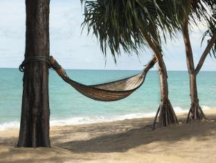 Anantara Mai Khao Phuket Villas Phuket - Hammock by the sea