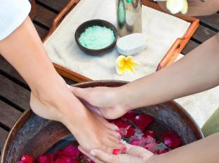 The Haven Bali Seminyak Bali - Foot Treatment