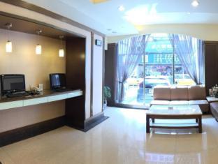 Y Hotel Taipėjus - Fojė